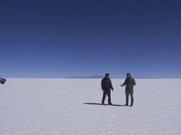 """Enviado Espacial visita en Bolivia la mayor reserva de litio del planeta: """"El litio es el oro del siglo XXI"""""""