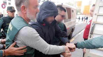 El sospechoso de la muerte de Marta Calvo, a su llegada al juzgado
