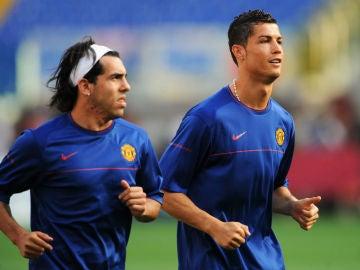Carlos Tévez y Cristiano Ronaldo