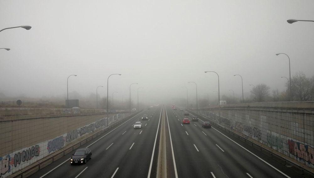 A3 Noticias Fin de Semana (08-12-19) La niebla complica la vuelta en la operación retorno por el puente de la Constitución