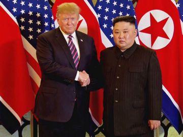 El presidente de EEUU, Donald Trump, junto al líder norcoreano, Kim Jong-un.