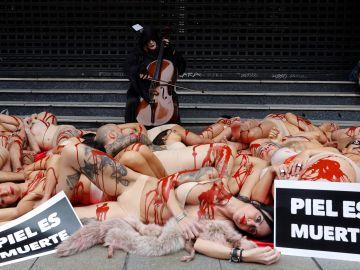 Activistas en la protesta de Callao.