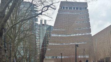 Imagen de 'Tate Modern', edificio desde donde se tiró al niño.