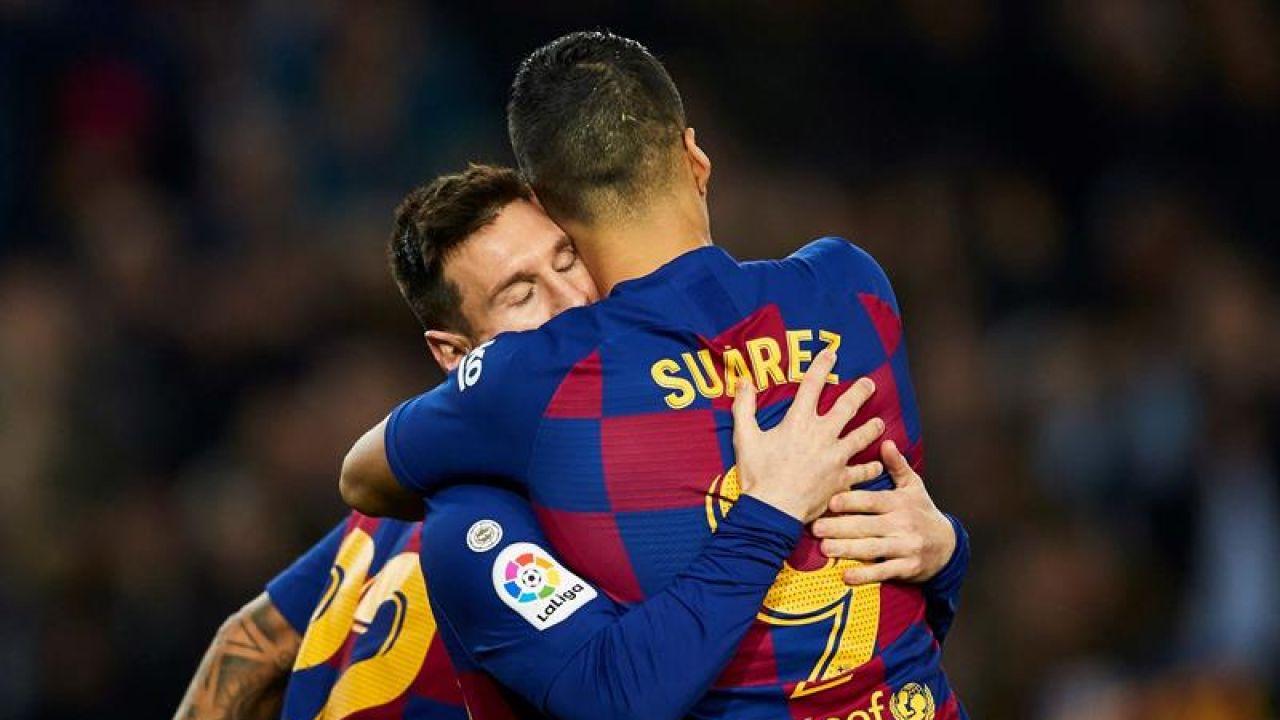 Luis Suárez y Leo Messi celebran un gol del Barça