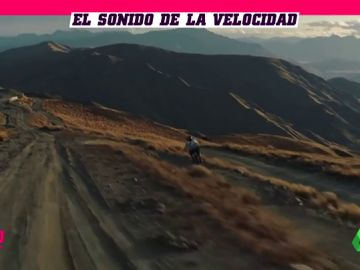 Escalofriante descenso en bicicleta: Reece Potter 'vuela' sobre la montaña