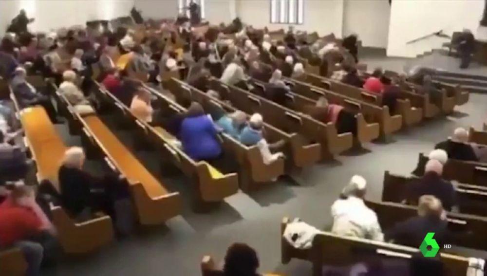 Imagen de la iglesia donde se ha producido un tiroteo en Texas