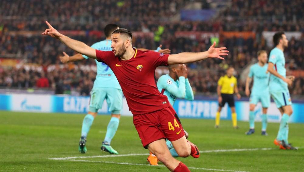 Manolas celebra un gol ante el Barça