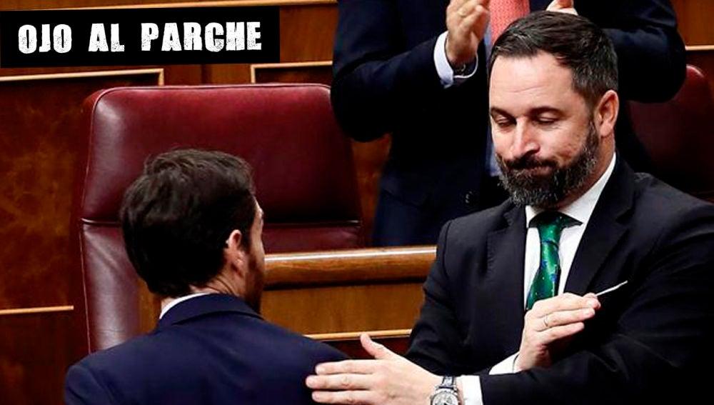 Los dirigentes del PP, Pablo Casado (i), y Vox, Santiago Abascal (d)