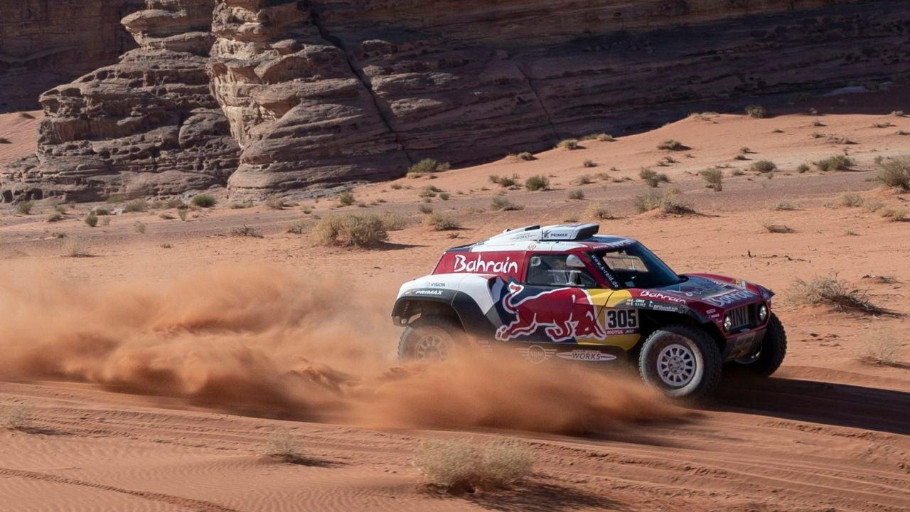 Carlos Sainz, en acción en la etapa 3 del Dakar