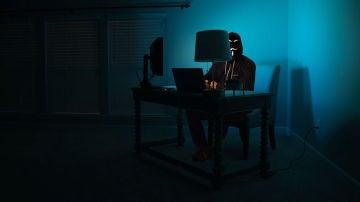 Amenazas hacker en nuestro móvil.