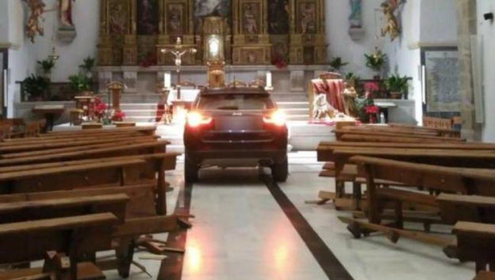 Resultado de imagen de coche iglesia toledo