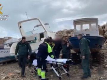 El hombre fue auxiliado por agentes y los servicios de emergencia