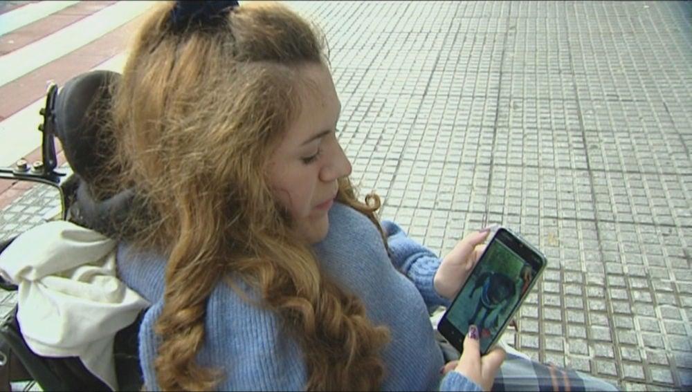 Clara, la niña que esperaba a la perra adiestrada robada en Aranjuez