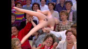 Sexo y televisión en los años 90: el salto definitivo del tabú franquista a la liberación sexual