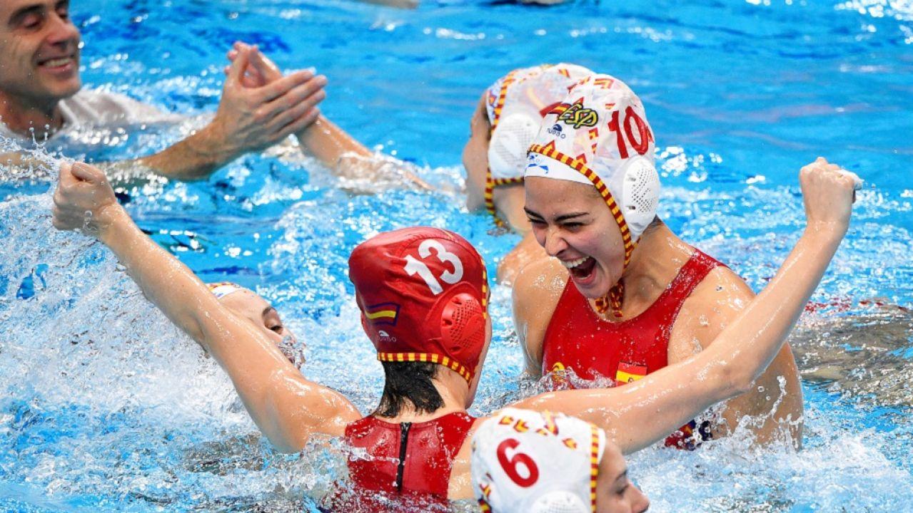 Imagen de la selección española femenina de waterpolo