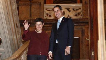 La Ministra de Asuntos Exteriores de España Arancha González Laya, y el presidente de la Asamblea Nacional de Venezuela, Juan Guaidó