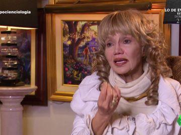 """El testimonio de Karen, exciencióloga: """"Fui torturada en esta organización, si sales hay venganza"""""""