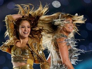 Shakira y Jennifer López iluminan la Super Bowl con su sensacional actuación
