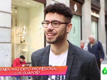 ¿Tienen más éxito laboral los guapos que los feos? Esto es lo que opinan los españoles sobre sí mismos