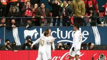 Sergio Ramos celebra su gol frente a Osasuna