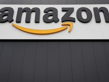 Vista del logotipo de la multinacional estadounidense del comercio electrónico Amazon