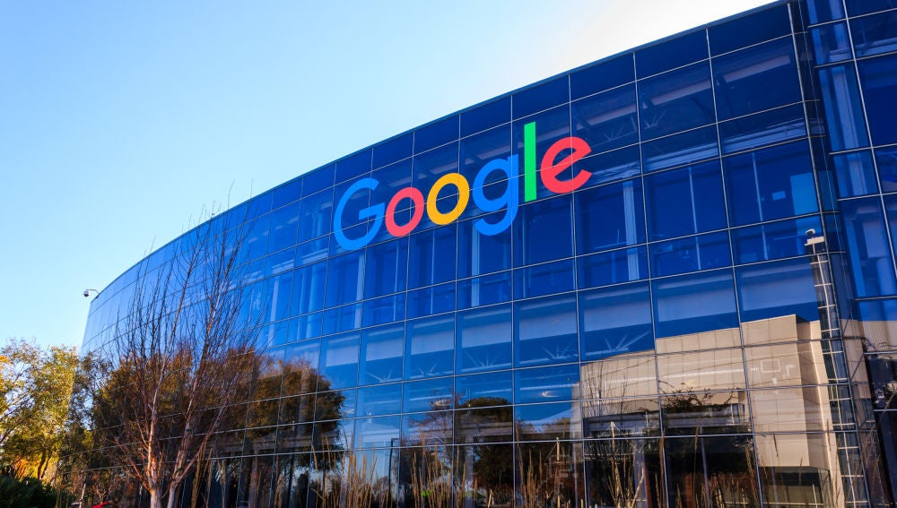 Google da otro paso para ayudar en la lucha contra las noticias falsas.