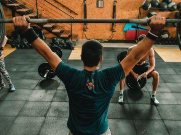 Tomar suplementos proteicos puede ser beneficioso para algunos deportistas