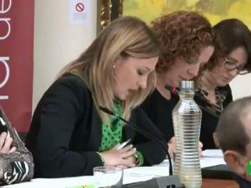 """La defensa del veto parental de una concejala de Vox en Alhama de Murcia: """"La libertad de cátedra es para los catedráticos"""""""