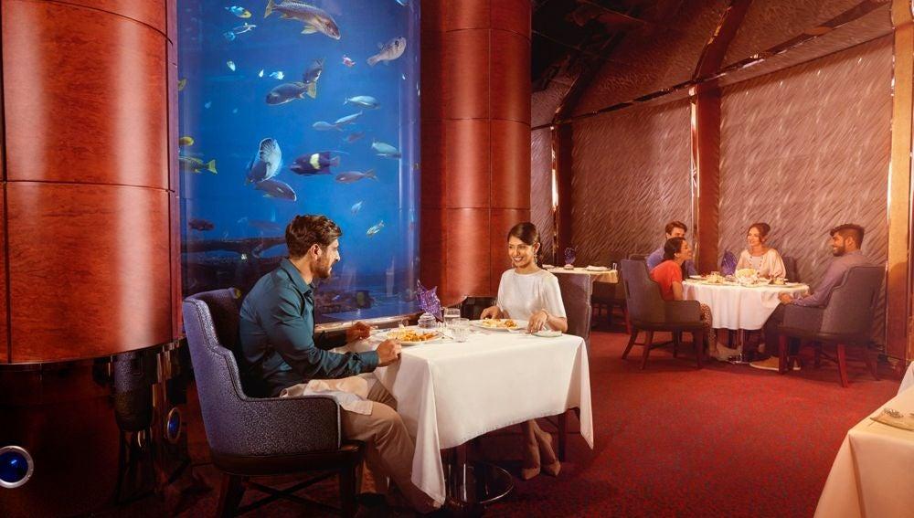 Cena romántica y de lujo en Dubai