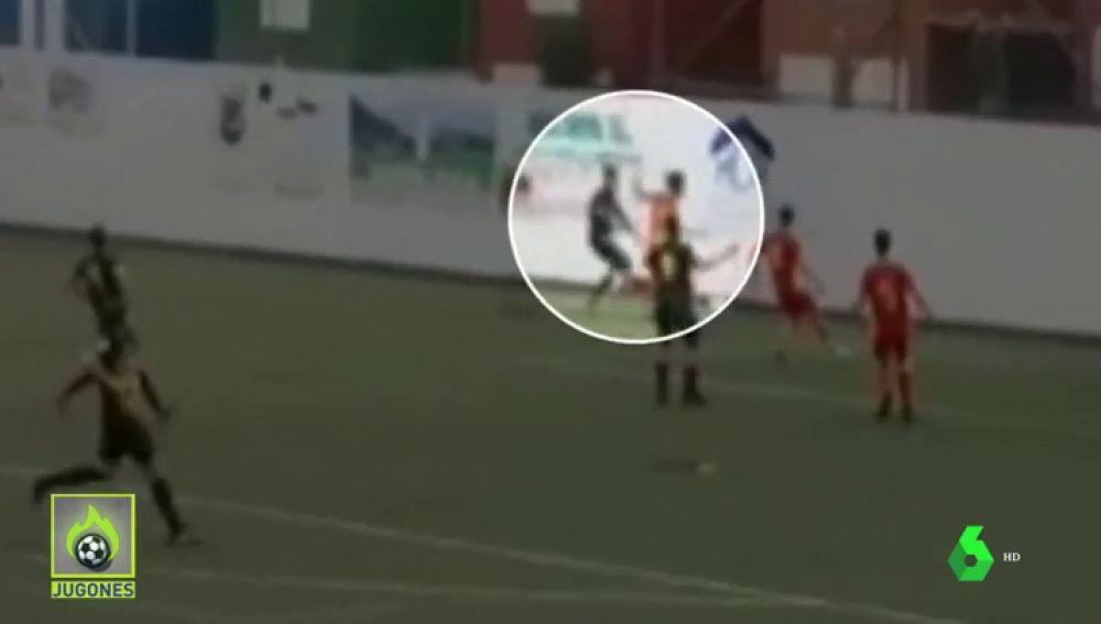 Un futbolista se rompe las dos muñecas tras un duro golpe... y la ambulancia tarda 40 minutos en llegar