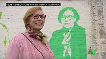 Magdalena, una de las abuelas retratas en los muros de un barrio sevillano