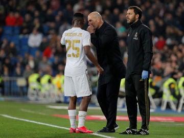 Vinicius Jr. y Zidane