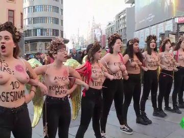 Activistas de Femen protestan en Madrid contra la violencia machista bajo el lema 'Ni una menos'