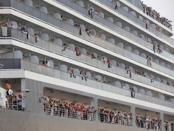 Pasajeros del crucero Westerdam