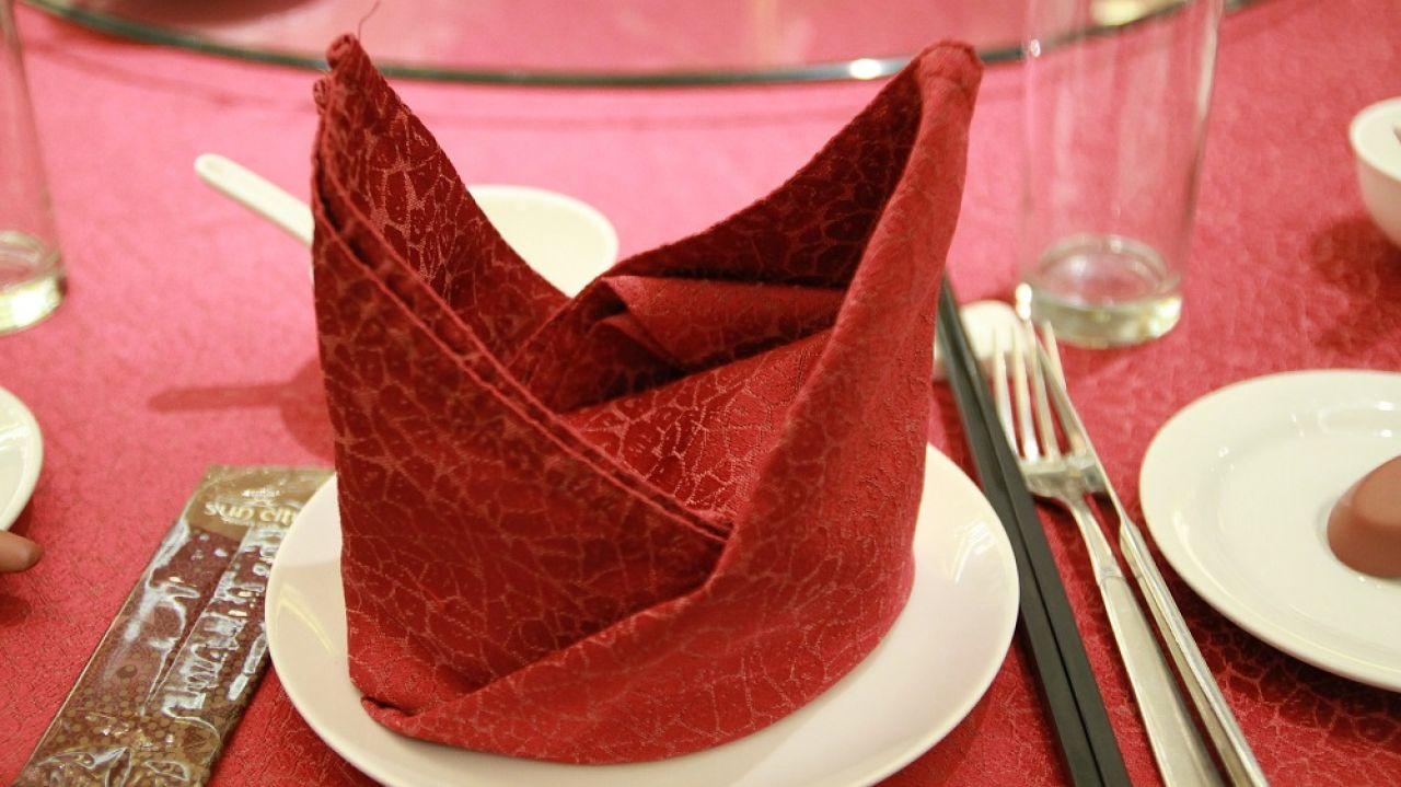 Imagen de archivo de una mesa de un restaurante chino