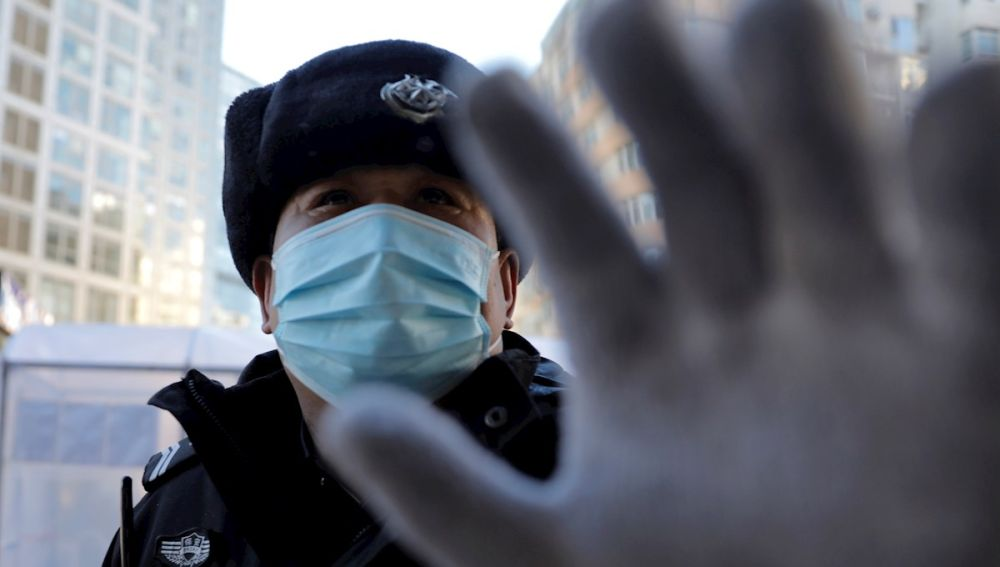Un vigilante de seguridad en China