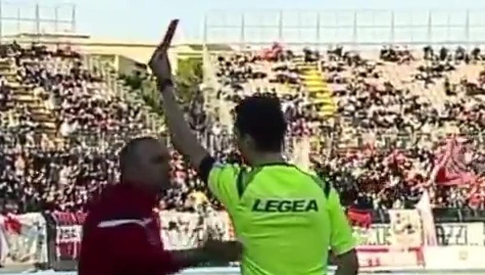 Lamberto Magrini ve la roja.