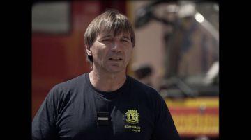 """Hablamos con un bombero que casi muere en el incendio del Windsor: """"Pensé en mi mujer y mis hijos"""""""