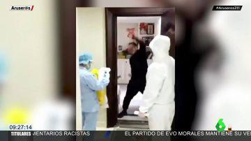 El vídeo que demuestra la felicidad de un hombre al terminar su cuarentena por coronavirus