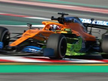 Carlos Sainz en la primera jornada de los test de pretemporada
