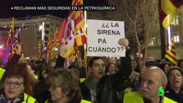 Sindicatos y trabajadores exigen más seguridad en las plantas petroquímicas de Tarragona