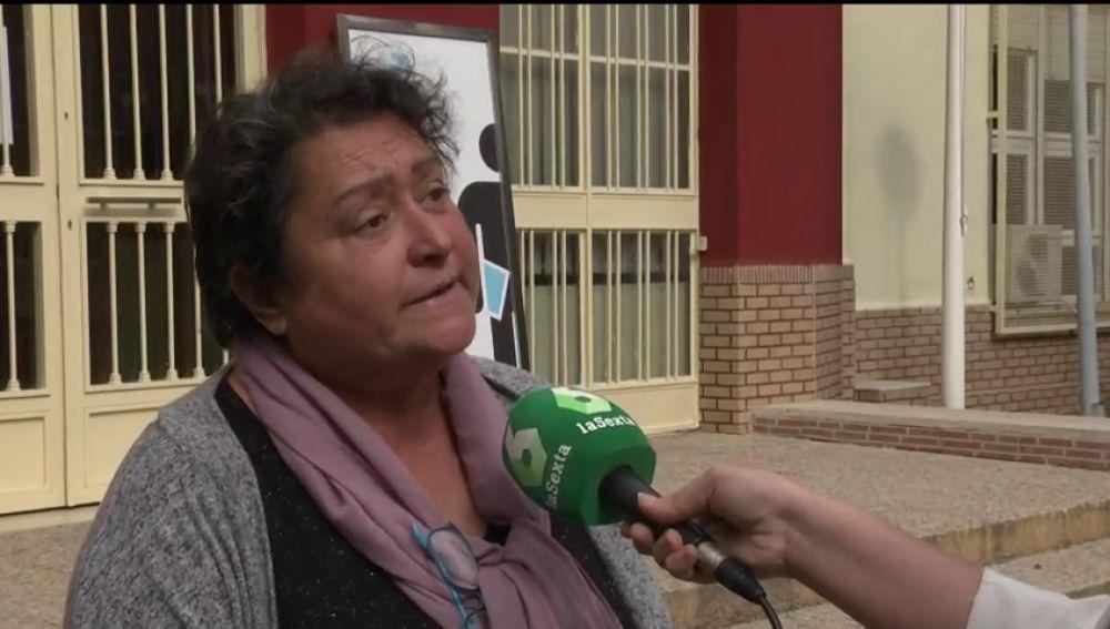 """Acosan e insultan a la hija de la mujer que usa el veto parental contra el Gobierno de Murcia: """"La llaman negra. Es terrible"""""""
