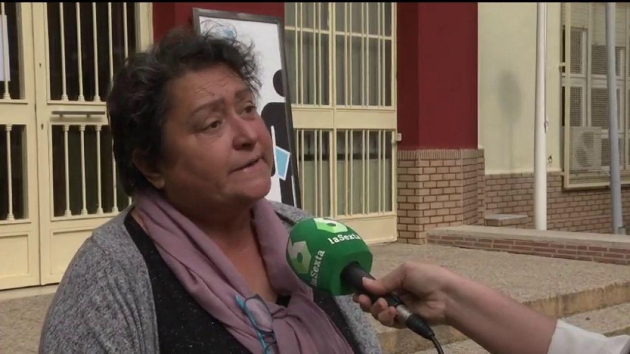 Acosan e insultan a la hija de la mujer que usa el veto parental contra el Gobierno de Murcia