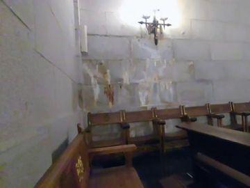 Turistas documentan el estado de deterioro en el que se encuentra el Valle de los Caídos