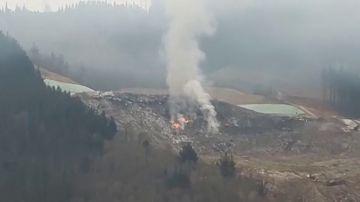 Se reaviva el fuego en la parte alta del vertedero de Zaldibar