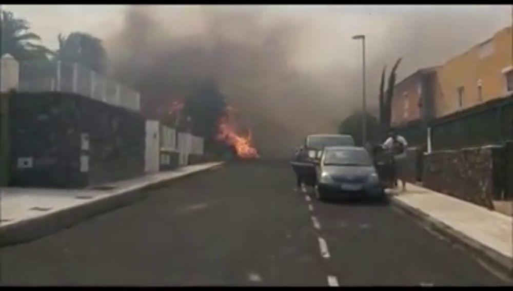 Las impactantes imágenes que reflejan cómo se están viviendo los incendios de Tenerife Norte desde dentro