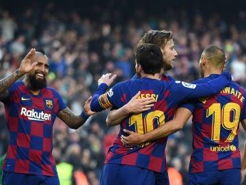 Jugadores del Barça celebran un gol.