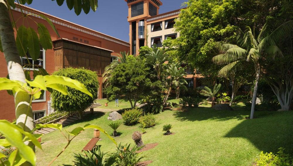 Jardines del hotel H10 Costa Adeje Palace