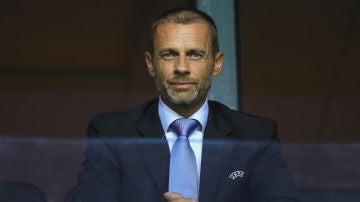 Aleksander Ceferin viendo un partido de la UEFA Super Cup