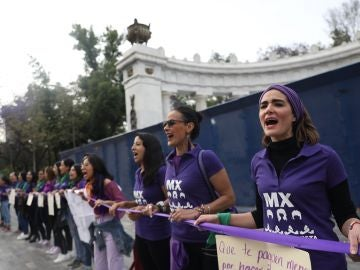 Mujeres protestan en México en el 8M